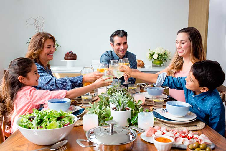 "Promotes ""buen comer"", the art of eating well at home."